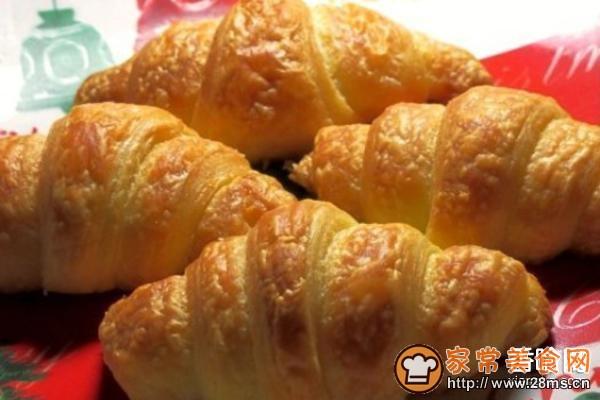 牛角面包的家常做法_牛角面包的做法大全-君之烘培网