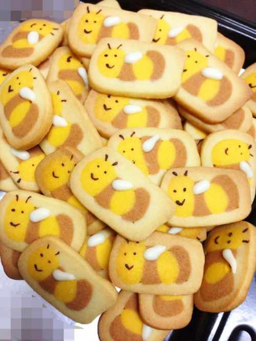 萌萌哒小蜜蜂饼干(2)的做法