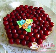 樱桃慕斯蛋糕