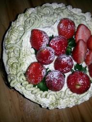 榴莲草莓芝士慕斯蛋糕