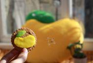 豆果抱枕造型翻糖小饼