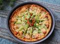 打卤馕鲜虾杂蔬披萨