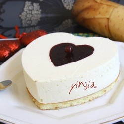 红莓白巧克力慕斯蛋糕