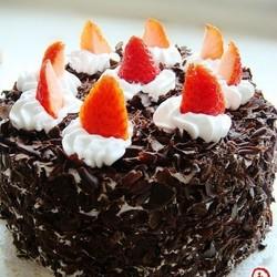 草莓黑森林蛋糕