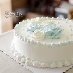 装饰奶油蛋糕