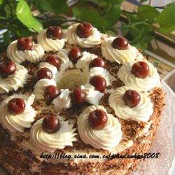 黑森林樱桃奶油蛋糕