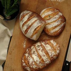 菠菜菲达乳酪面包