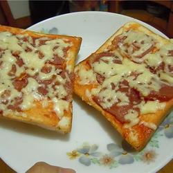 土司培根披萨