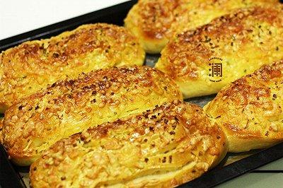 葱香芝士咸面包