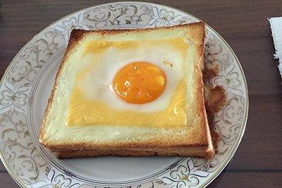 鸡蛋芝士火腿吐司