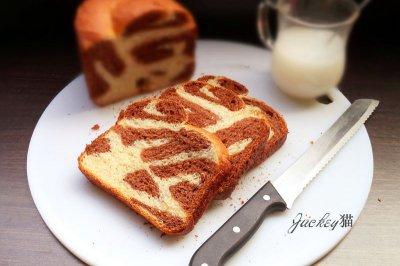 全麦双色面包