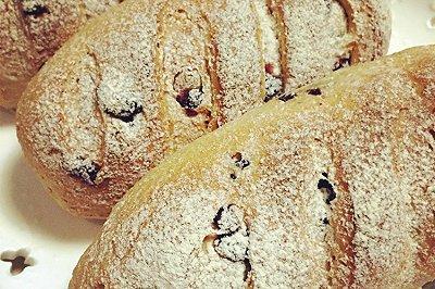 全麦黑糖蔓越莓面包