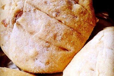 核桃红枣全麦面包