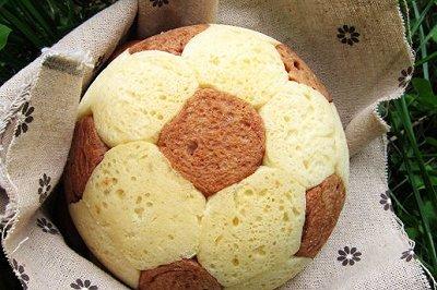 世界杯足球面包
