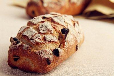 裸麦无花果面包