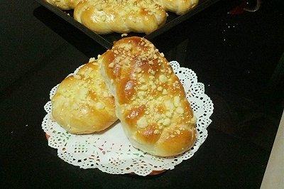 奶酥辫子面包