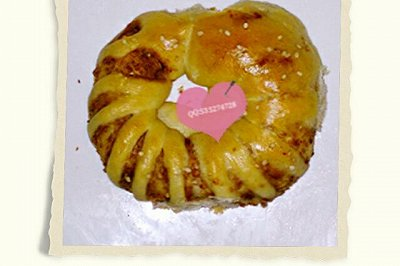肉松环形面包