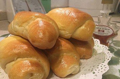 葡萄奶香小面包