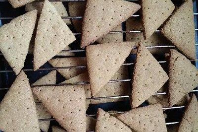 全麦低脂酥脆饼干