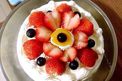 草莓奶油戚风