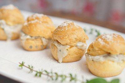 奶油蘑菇咸泡芙