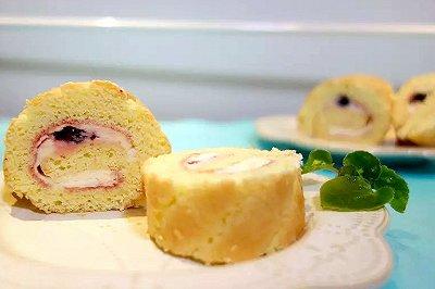 黑森林樱桃果酱蛋糕卷