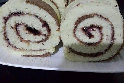 蓝莓奶牛蛋糕卷