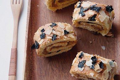 海苔杏仁肉松蛋糕卷