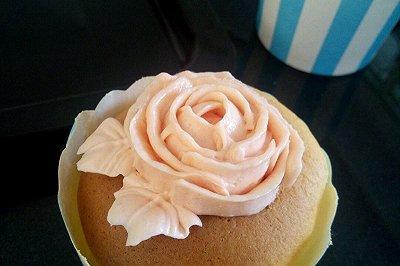 轻乳酪纸杯蛋糕