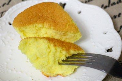 无油版的海棉纸杯蛋糕