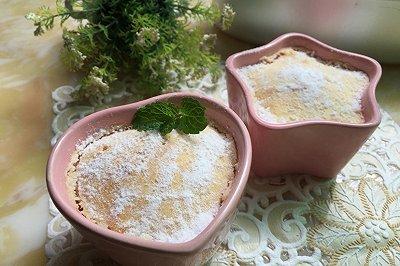 舒芙蕾乳酪杯子蛋糕