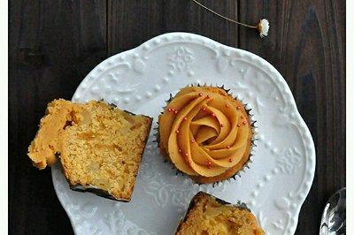 焦糖苹果杯子蛋糕