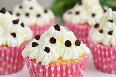 奶油巧克力小蛋糕